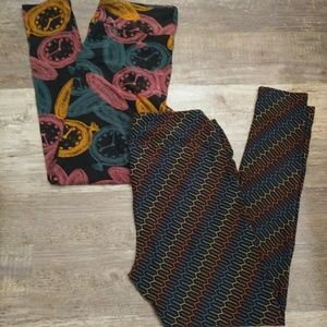 2 LuLaRoe Leggings Tall & Curvy Clock and Design